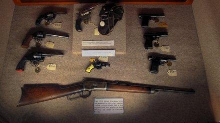 outlaw_guns-sm